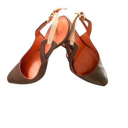 Santoni pumps in marrone