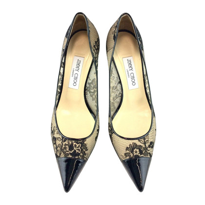 Jimmy Choo pumps made of lace