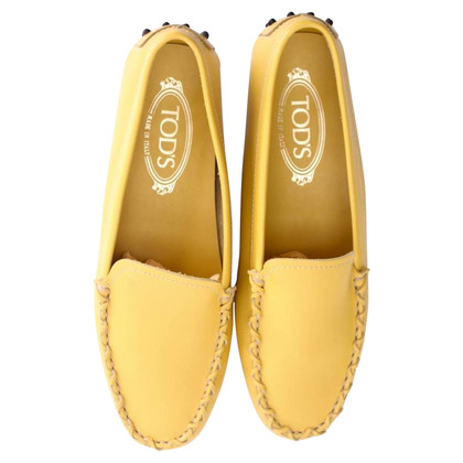 Tod's Moccasins in yellow