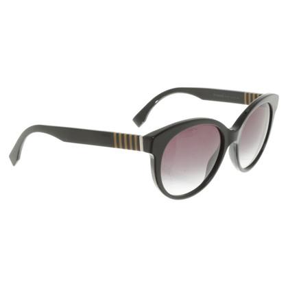 Fendi Sunglasses in black