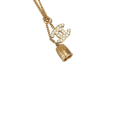 Chanel Gold colored necklace with pendant