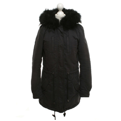 IQ Berlin Coat in black