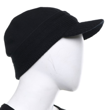 Prada Peaked cap in black