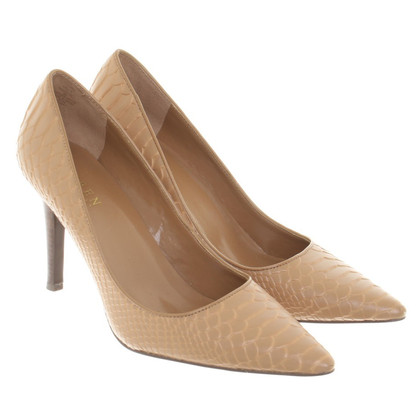 Ralph Lauren pumps with reptile embossing
