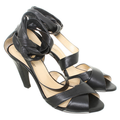 Aigner Elegant peep-toes with lace