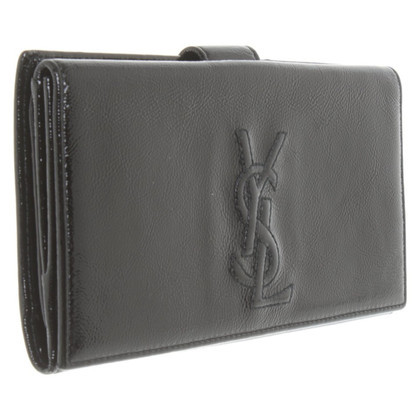 Yves Saint Laurent Purse made of patent leather