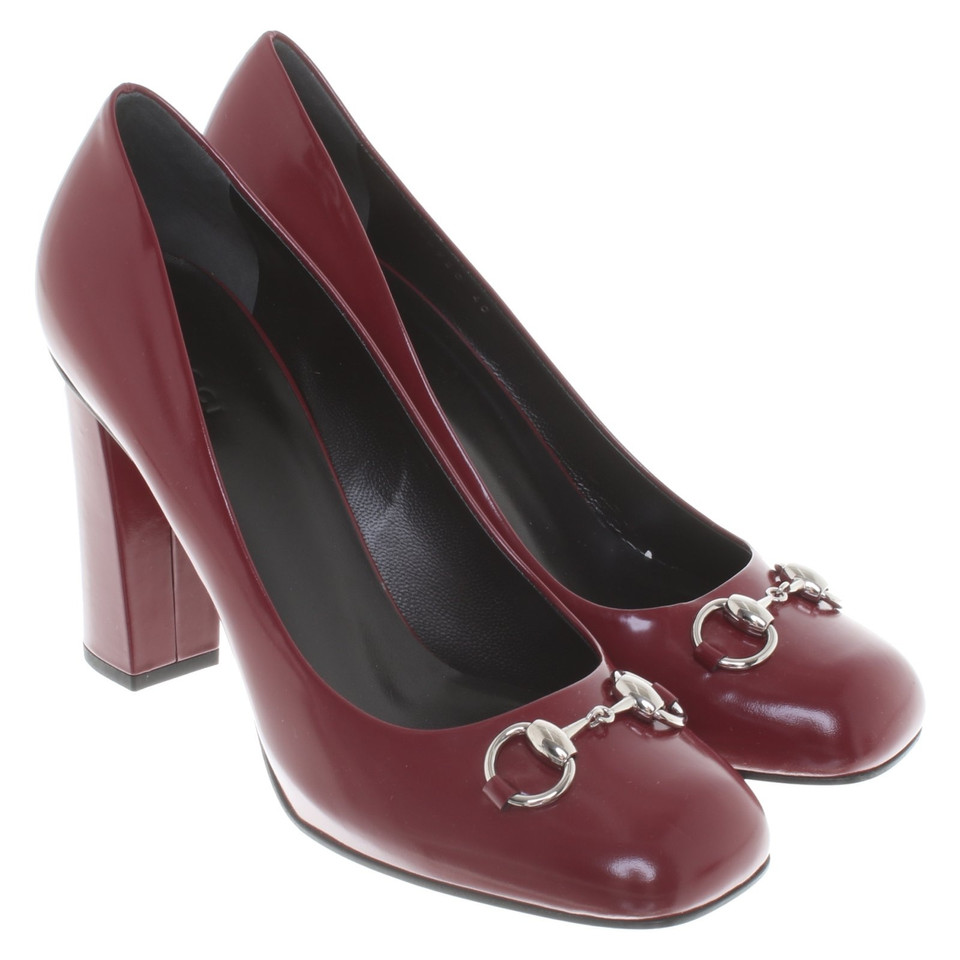 gucci pumps in rot second hand gucci pumps in rot gebraucht kaufen f r 420 00 2723740. Black Bedroom Furniture Sets. Home Design Ideas