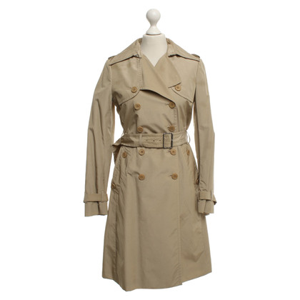 Theory Trenchcoat in Beige