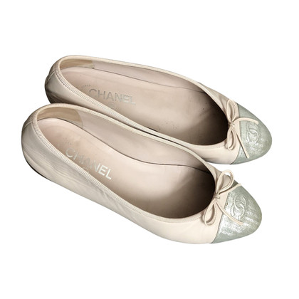 Chanel Ballerinas with bow