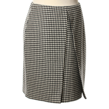 Bally Pencil skirt with Pepita pattern