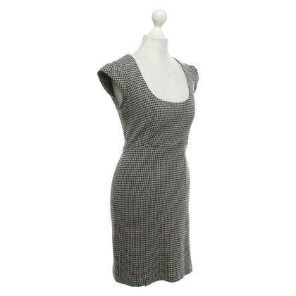 French Connection Kleid in Grau / Schwarz