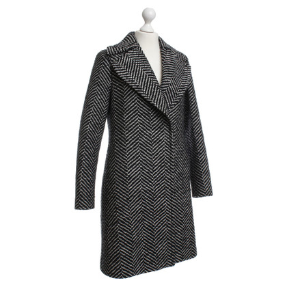 Strenesse Coat in black and white