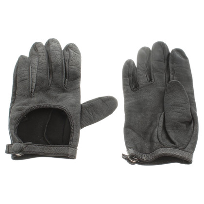 Salvatore Ferragamo Leather glove in grey