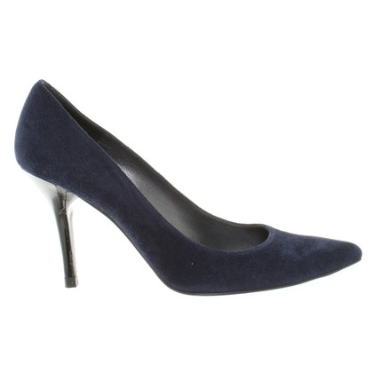 Stuart Weitzman pumps in blue