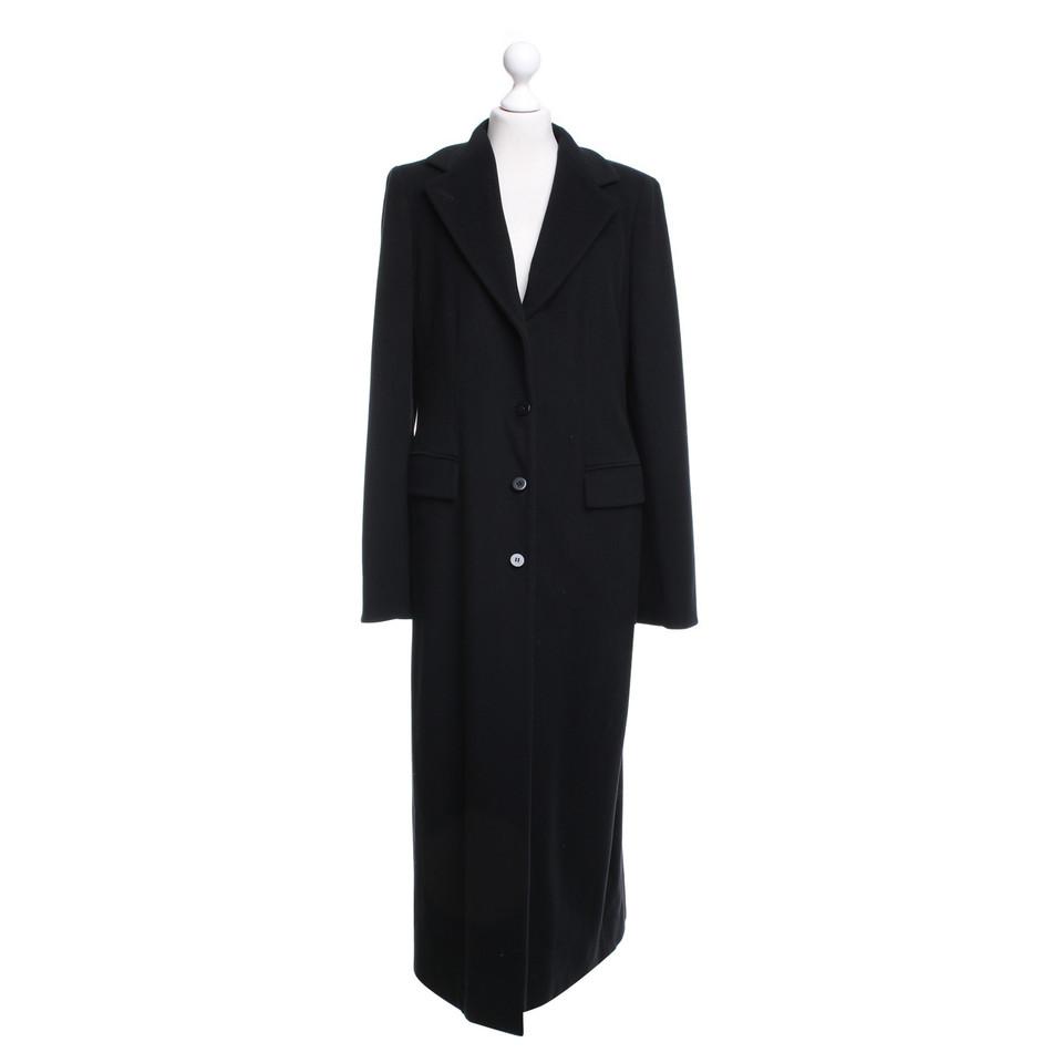 armani mantel in schwarz second hand armani mantel in schwarz gebraucht kaufen f r 399 00. Black Bedroom Furniture Sets. Home Design Ideas