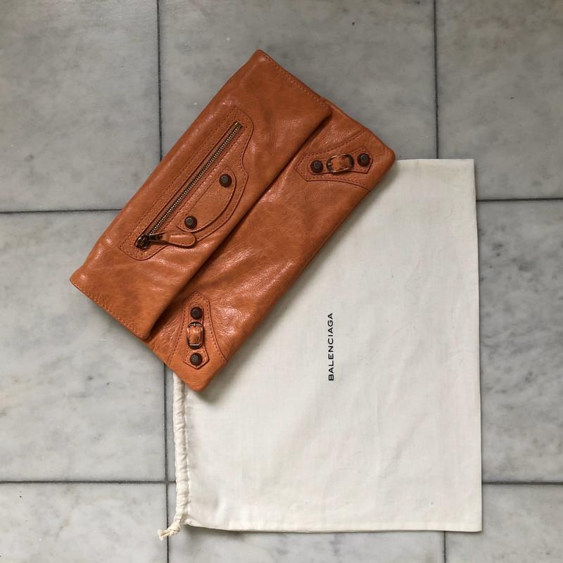 Balenciaga Cas en brun Acheter Balenciaga Cas en brun d