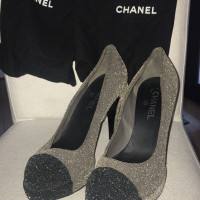 Chanel pumps en bicolore