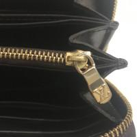 "Louis Vuitton ""Zippy Monogram Vernis"""