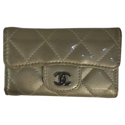 Chanel Silberfarbenes Schlüsseletui