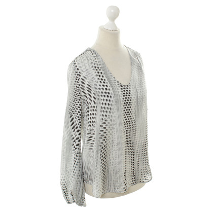 L'Agence Blouse in white/black/grey