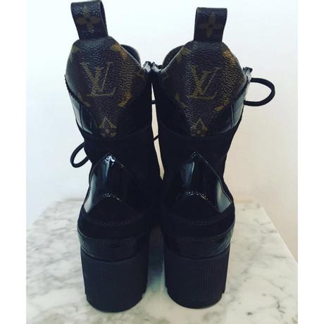 Verkauf 2018 Neue Louis Vuitton Schnür-Stiefeletten Schwarz Auslass 100% Authentisch MoKR8Um4sy
