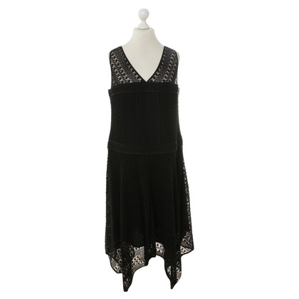 Laurèl Dress with crochet lace