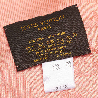 Louis Vuitton Monogram cloth in pink
