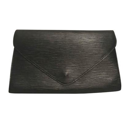 Louis Vuitton Clutch aus Epi Leder