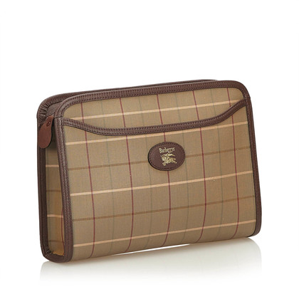 Burberry clutch with checked pattern