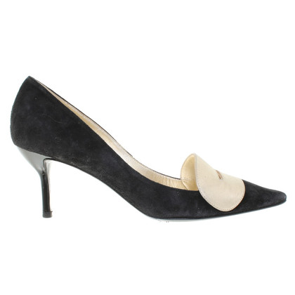 Roger Vivier pumps in black / gold