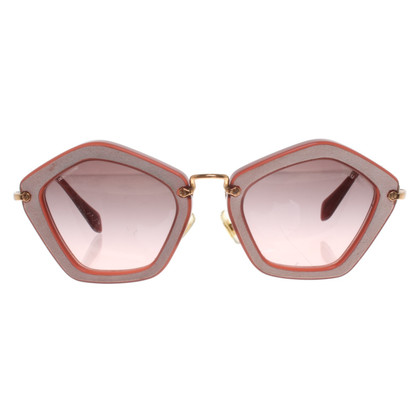Miu Miu Sunglasses in burgundy / pink