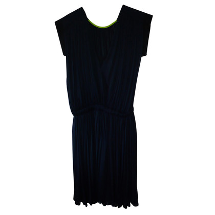 Vionnet Knee-length dress in dark blue