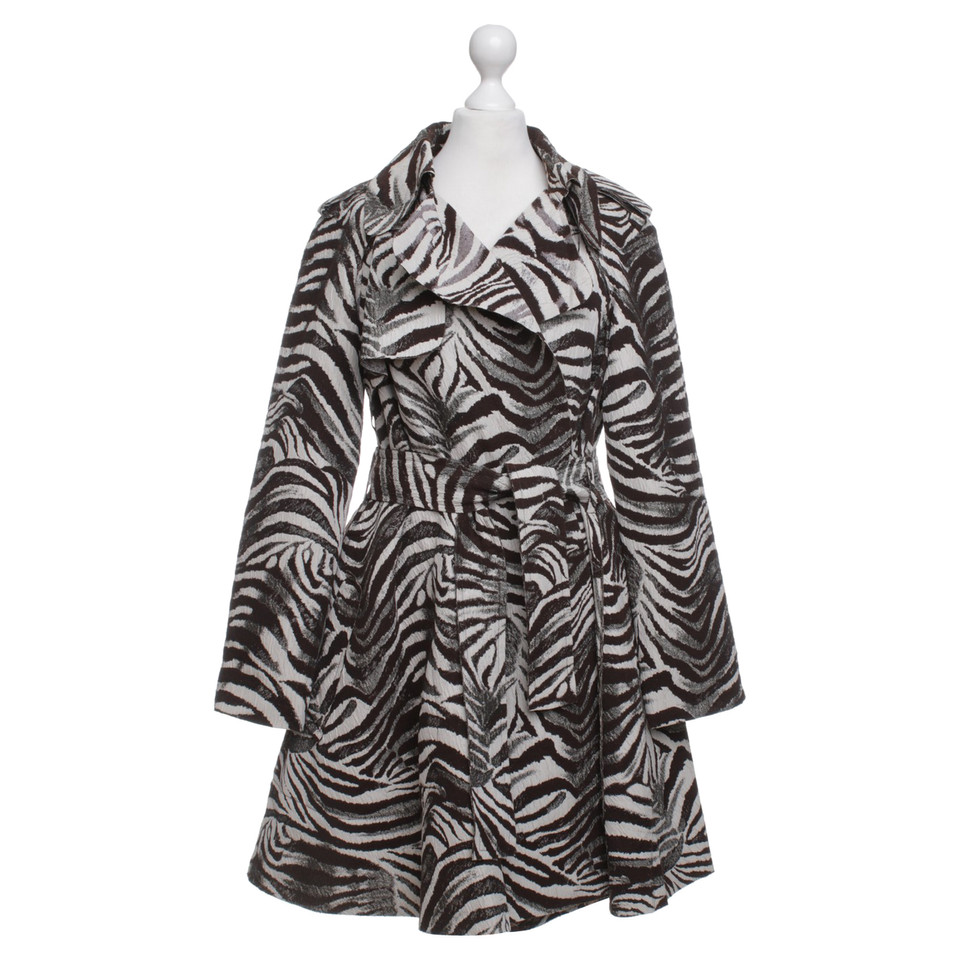 lanvin for h m mantel mit zebra print second hand lanvin for h m mantel mit zebra print. Black Bedroom Furniture Sets. Home Design Ideas