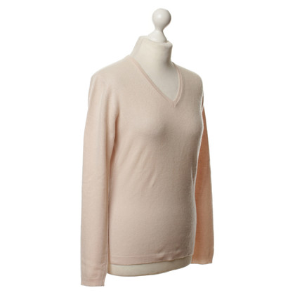 Pringle of Scotland Cashmere sweaters in pink