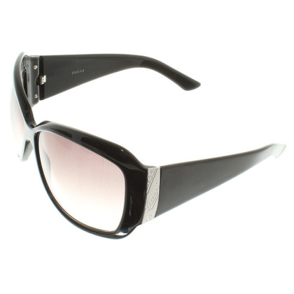 Gucci Sunglasses in Black