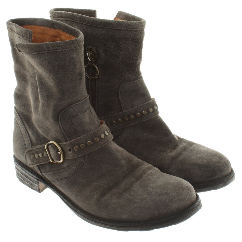 fiorentini baker ankle boots in grey buy second hand fiorentini baker ankle boots in grey. Black Bedroom Furniture Sets. Home Design Ideas