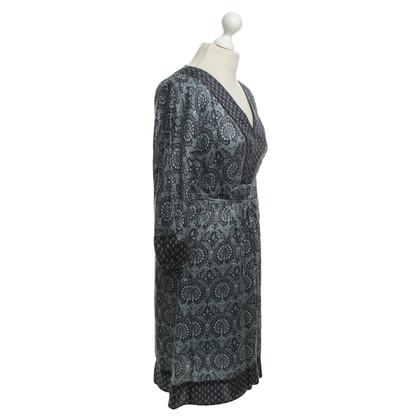 Andere merken Essentiel - zijden jurk met patroon