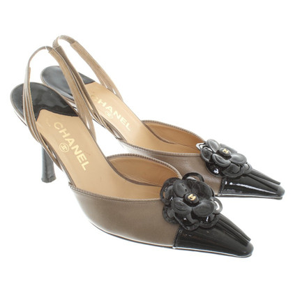 Chanel Slingbacks mit Blumen-Applikation