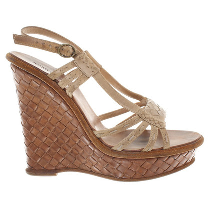 Bottega Veneta Wedges in Braun