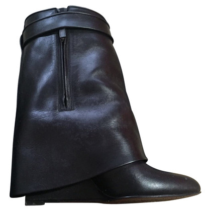 Givenchy Stiefel