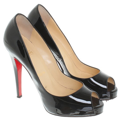 Christian Louboutin Peeptoes in Schwarz