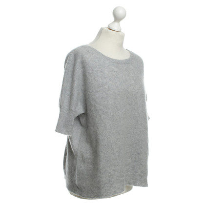 Dear Cashmere Cashmere top in light grey
