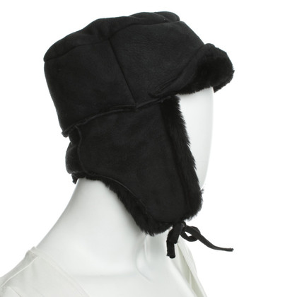 Paul Smith Black lambskin Cap
