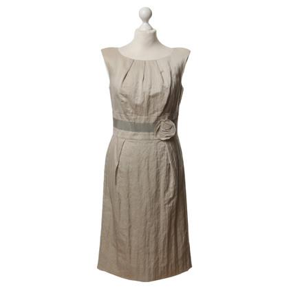 Laurèl Sheath dress with flower decoration