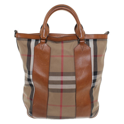 burberry purse outlet klfy  Ready to ship Burberry Tote bag pattern