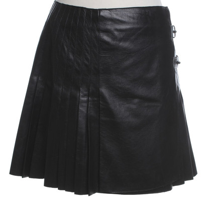 Burberry Leather skirt in black
