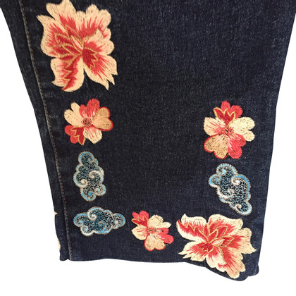 Blumarine Capri jeans with embroidery