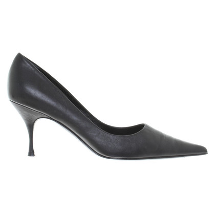 Prada Lederen pumps in zwart