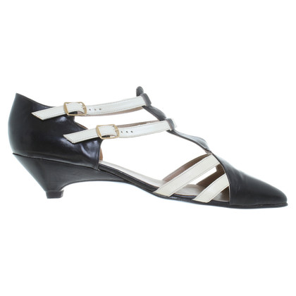 Robert Clergerie pumps in nero/crema