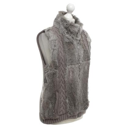 Oakwood Vest with fur trim